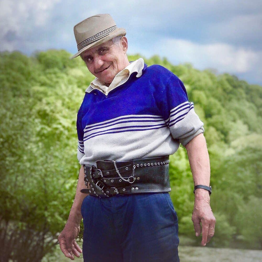 Gospodar Ioan Filip, sheep farmer in Tara Lapusului, Romania, photo Malin Skinnar