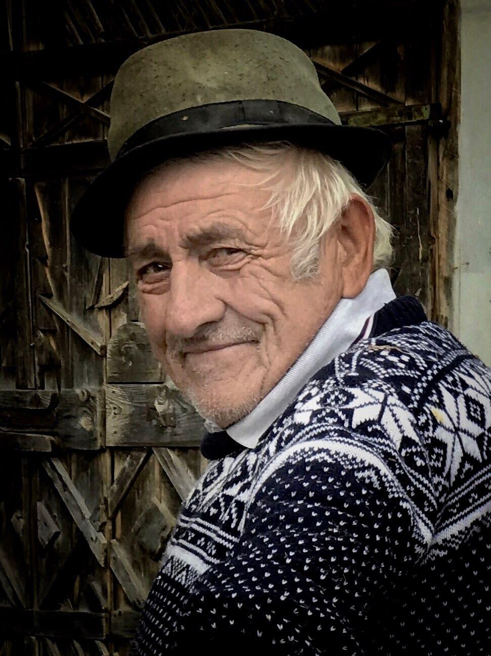 Gospodar Timotei Filip, Cupseni, Romania, portrait by Malin Skinnar