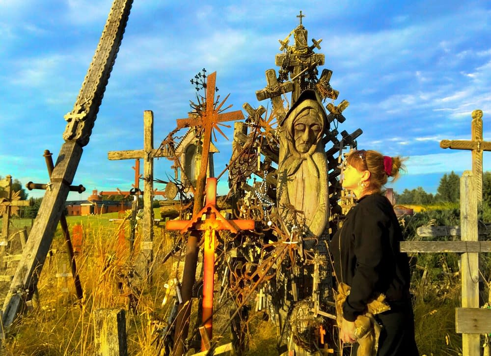 Storyteller Malin Skinnar at hills of cross in Lithuania