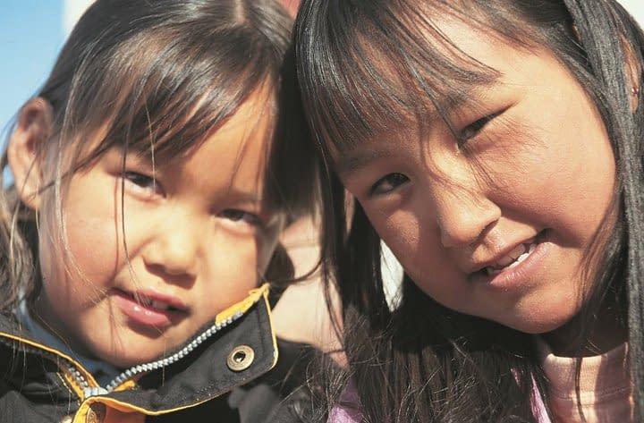 Tasilaaq, Inuit girls. Photo Malin Skinnar