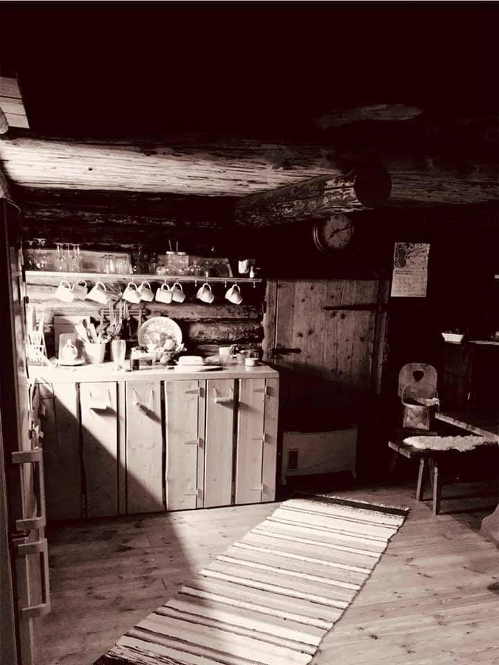 Toomarahva Guest House,