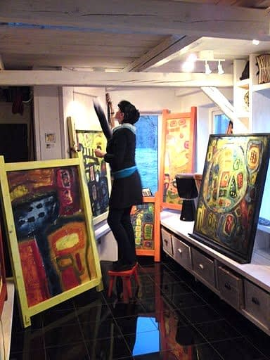 Malin Skinnar in her studio