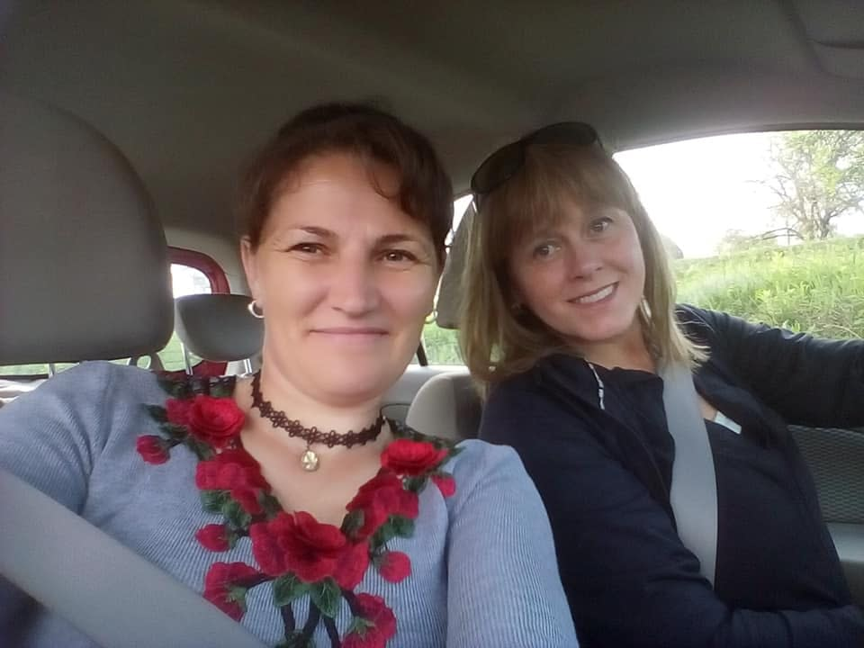 Viorica Podina and Malin Skinnar in Cupseni, Romania
