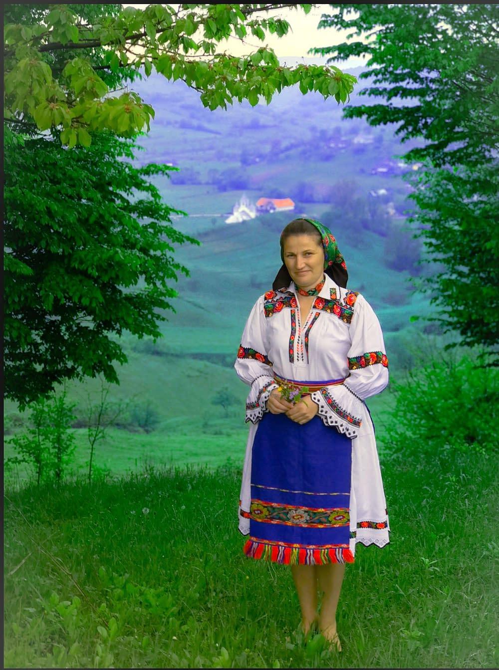 Dräkt från karpaterna i norra Rumänien