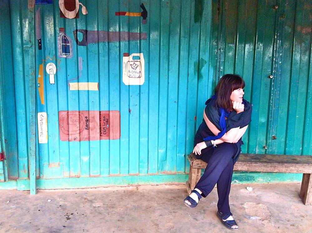 Swedish storyteller in Senegal waiting for the griot