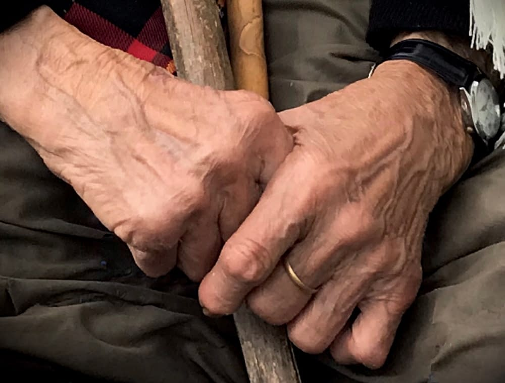 Händer fyllda av minnen