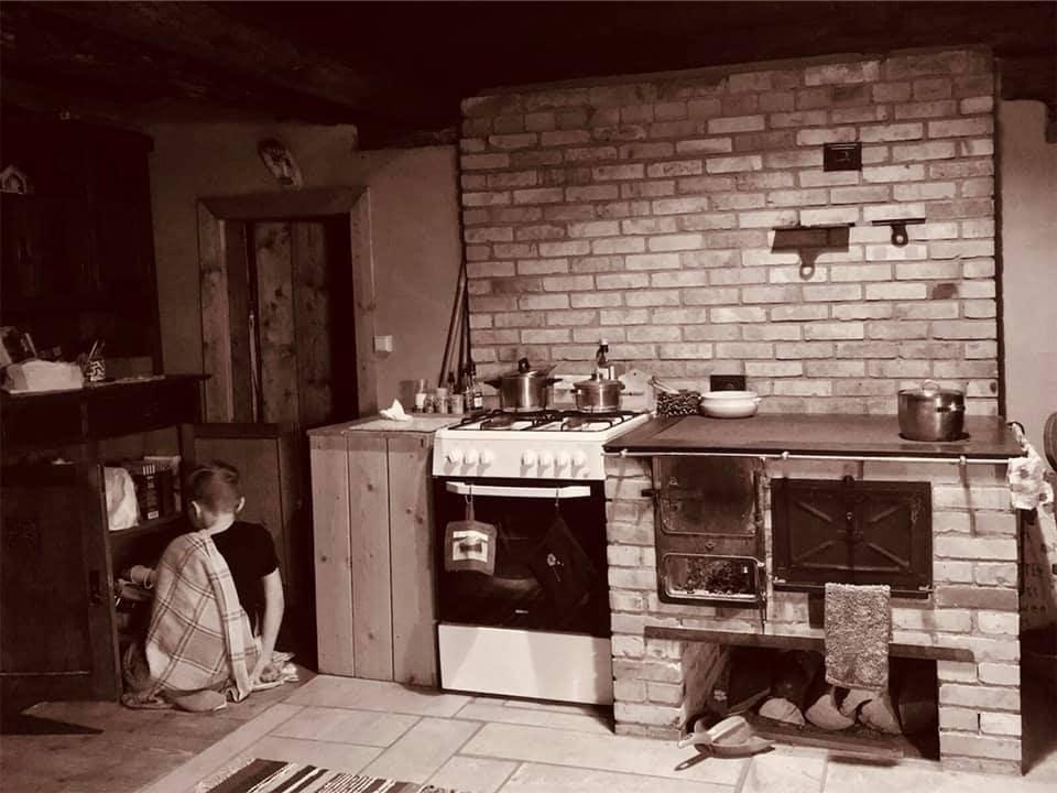 Toomarahva Guest House, kitchen