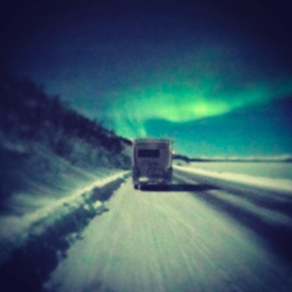 Husbil på vinterväg