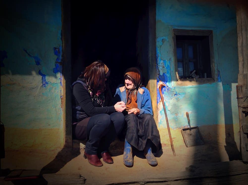 Documentary photographer Malin Skinnar The Blue House, Cupseni